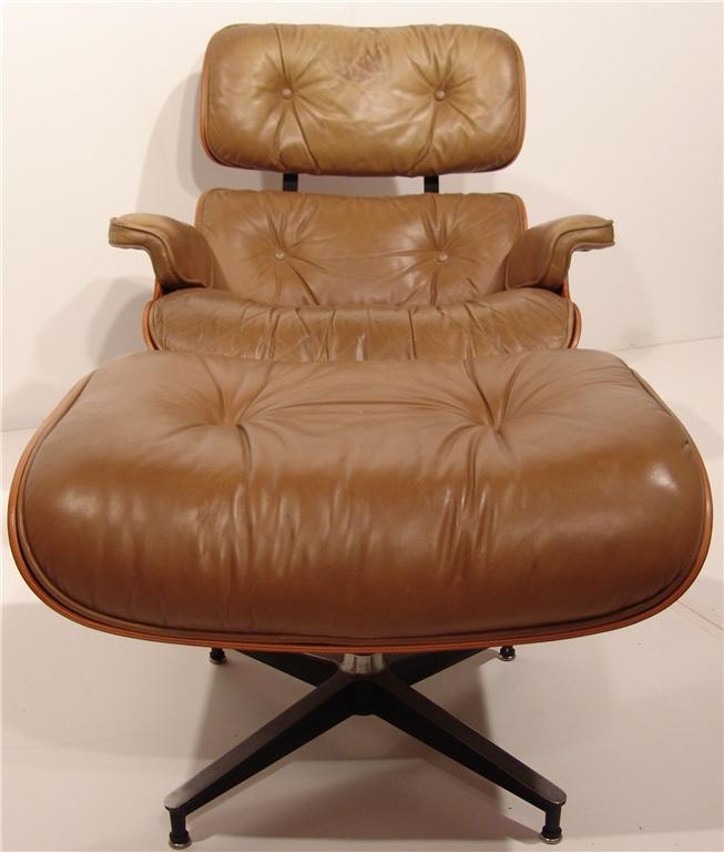 Vintage Mid Century Modern Rosewood Eames Lounge Chair
