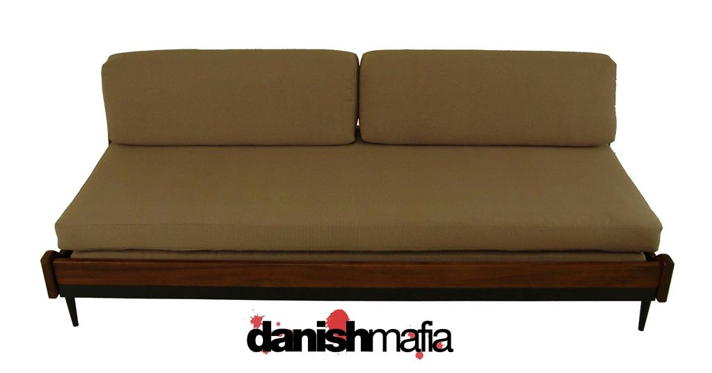 MID CENTURY MODERN Sofa Couch Daybed Day Bed Eames Era | Danish Mafia