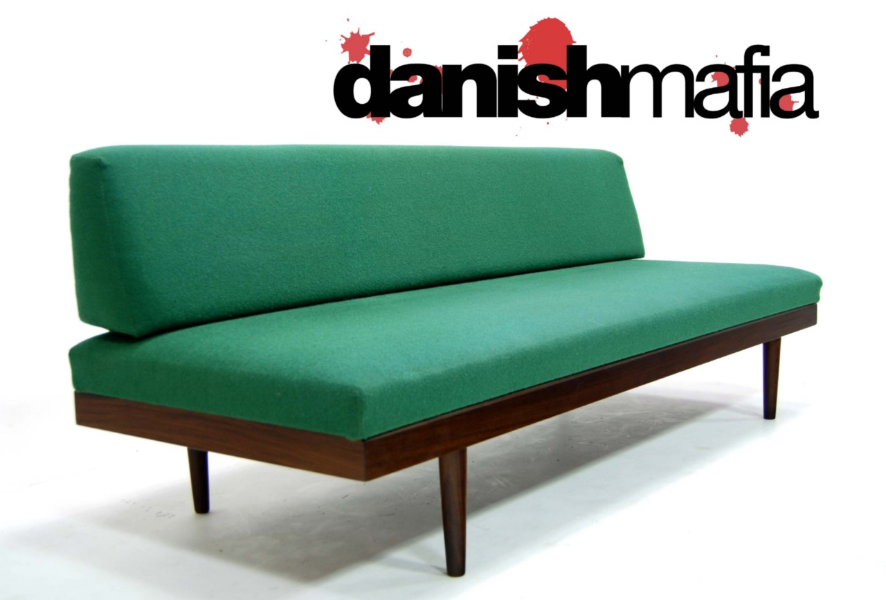 mid century danish modern teak sofa daybed couch eames. Black Bedroom Furniture Sets. Home Design Ideas