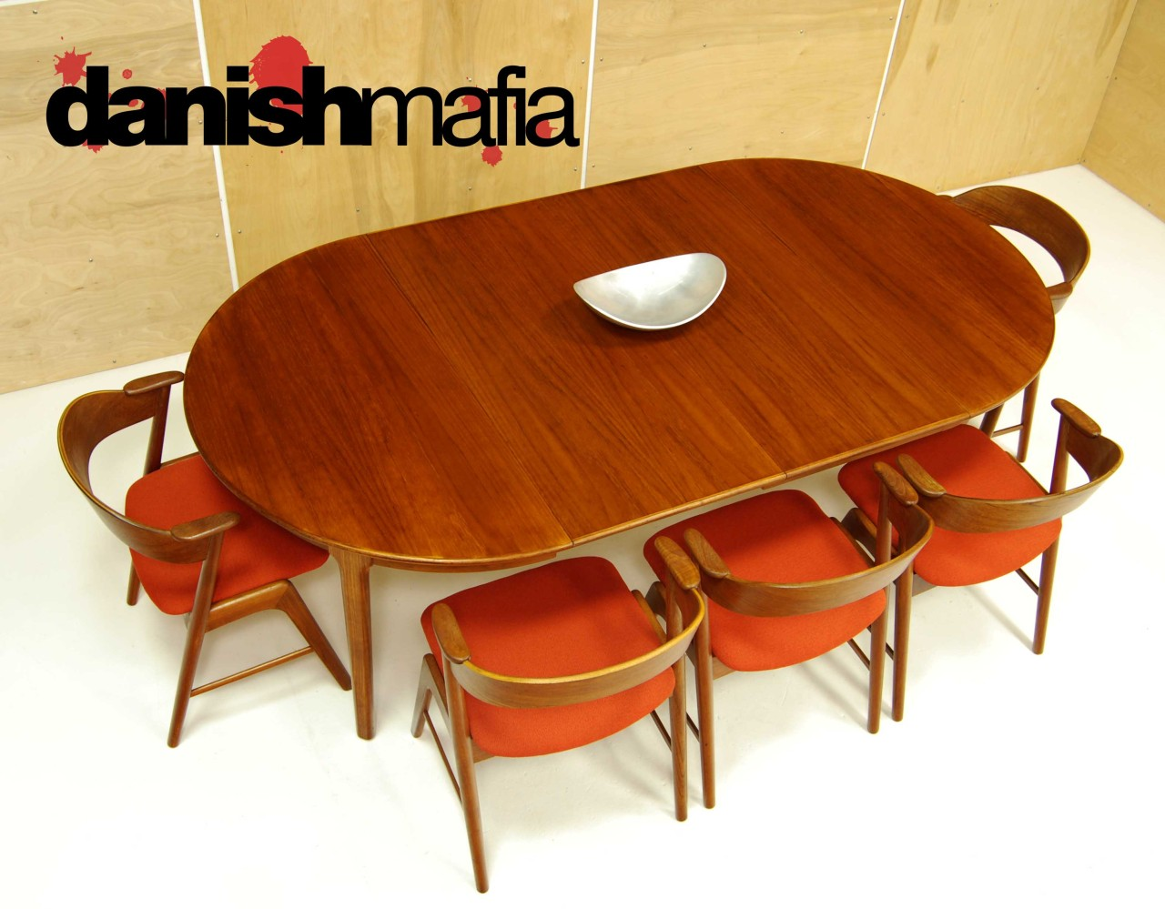 Modern oval dining room table -  Mid Century Danish Modern Oval Henning Kj Rnulf Teak Table 1
