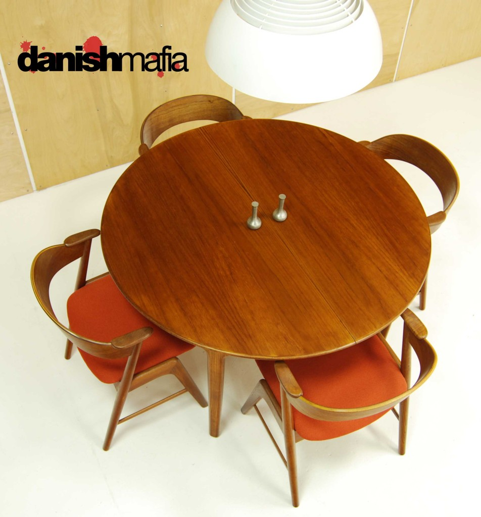 mid century danish modern oval teak dining table w  leaves  -  mid century danish modern oval henning kjærnulf teak table