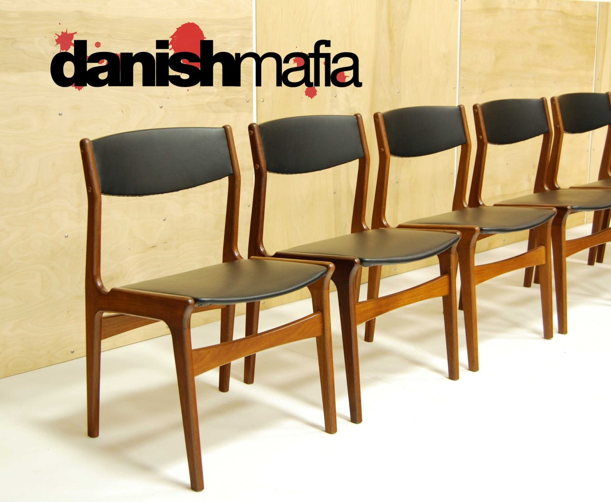 MID CENTURY DANISH MODERN TEAK DINING COMPLETE SET TABLE 6 CHAIRS