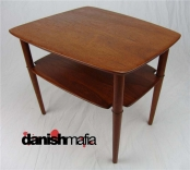 Vintage MID CENTURY DANISH MODERN Teak Side Table Hvidt
