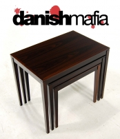 MID CENTURY DANISH MODERN ROSEWOOD NESTING SIDE TABLES