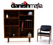 MID CENTURY DANISH MODERN TEAK BOOKCASE SHELF DISPLAY