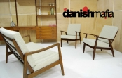 PAIR VINTAGE MID CENTURY DANISH MODERN LOUNGE ARM EASY CHAIRS EAMES
