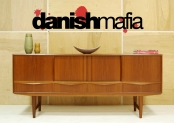 60′s MID CENTURY DANISH MODERN TEAK DINING CREDENZA SIDEBOARD BUFFET EAMES