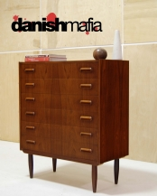 DANISH MODERN TEAK DRESSER CHEST OF DRAWERS