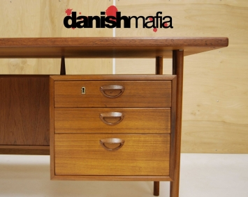 HUGE MID CENTURY DANISH MODERN TEAK KAI KRISTIANSEN OFFICE DESK 3