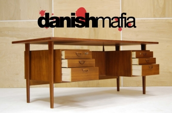 HUGE MID CENTURY DANISH MODERN TEAK KAI KRISTIANSEN OFFICE DESK 4