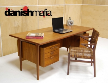 HUGE MID CENTURY DANISH MODERN TEAK KAI KRISTIANSEN OFFICE DESK