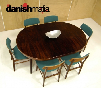 MID CENTURY DANISH ROSEWOOD ROUND DINING TABLE 4