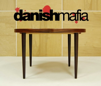 MID CENTURY DANISH ROSEWOOD ROUND DINING TABLE 8
